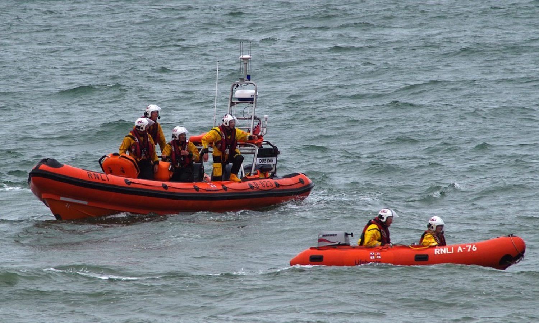 lifeboat-901603_960_720